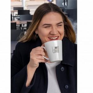 Latte baltas puodelis