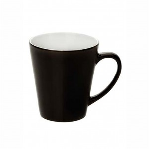 Latte spalvą keičiantis puodelis